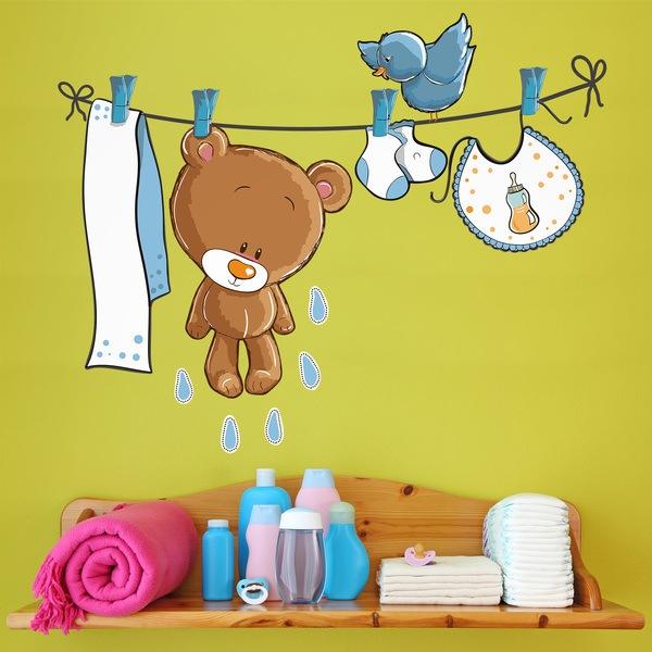 Kinderzimmer Wandtattoo: Bär und Vogel auf der Wäscheleine