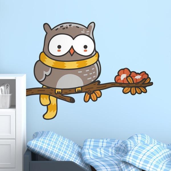 Kinderzimmer Wandtattoo: Eule mit einem Schal auf dem Ast