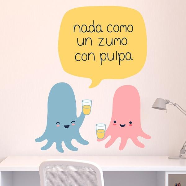 Kinderzimmer Wandtattoo: Octopus nimmt Saft mit Fruchtfleisch