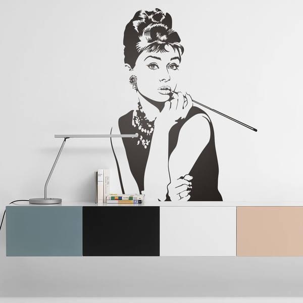 Wandtattoos Audrey Hepburn Posiert
