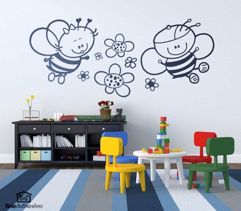 Kinderzimmer Wandtattoo: Biene mit Blumen