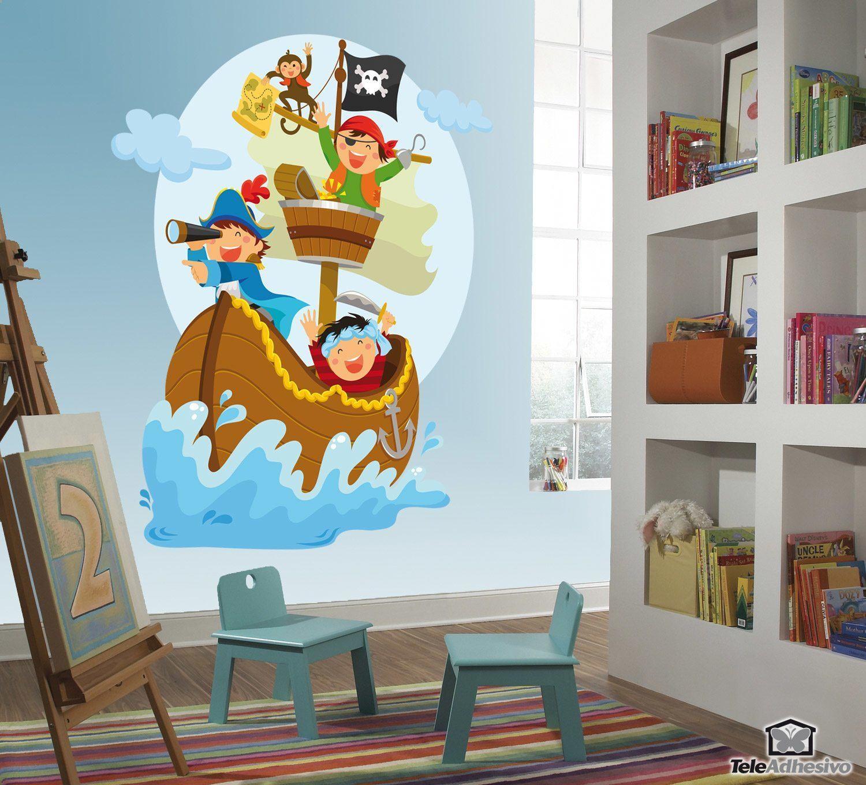 piraten segeln auf seinem boot. Black Bedroom Furniture Sets. Home Design Ideas