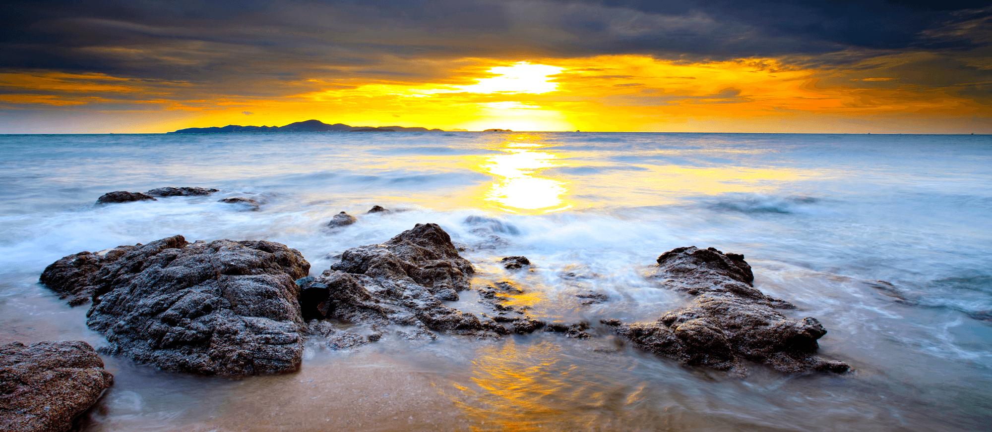Fototapeten: Rocks at Sunset