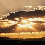 Fototapeten: Sonnenuntergang hinter den Wolken 2