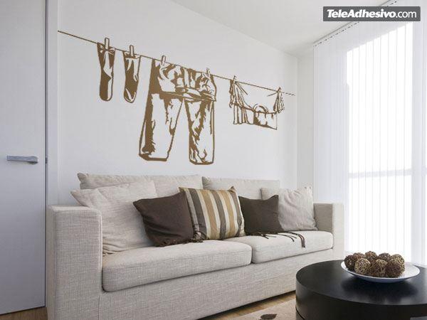 Wandtattoos: Kleider hängen