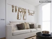 Wandtattoos: Kleider hängen 2