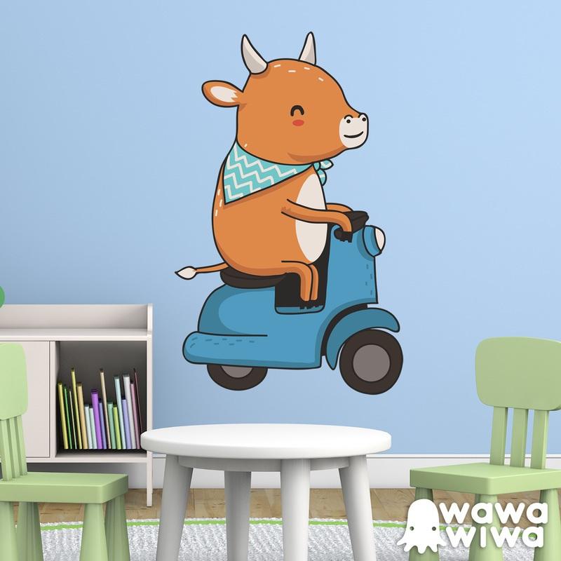 Kinderzimmer Wandtattoo: Kuh und Motorrad-Vespa