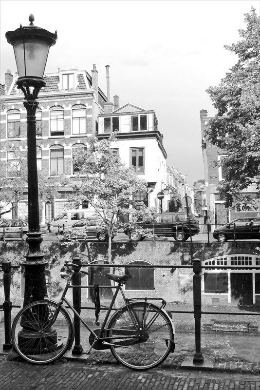 Fototapeten: Rad-und Laternenpfahl